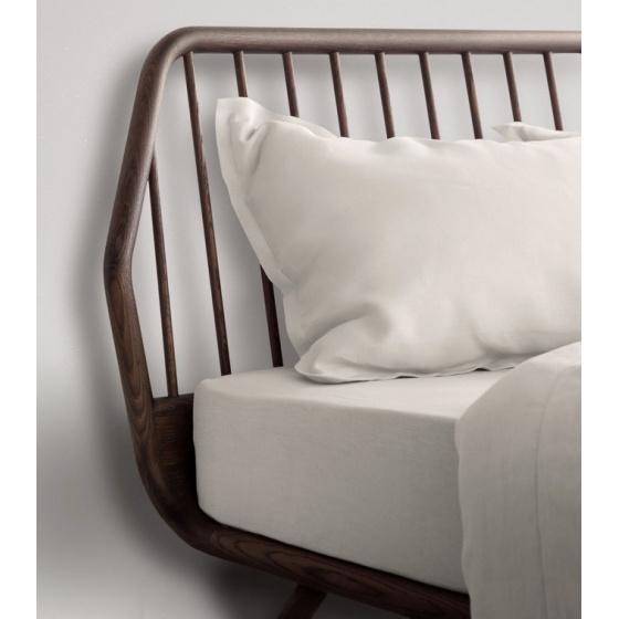Cama matrimonio de madera TRAMA | Home Interiores Muebles ...