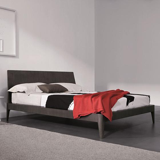 cama spillo madera pianca